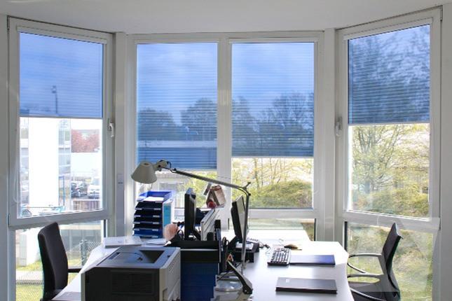 sonnenschutzrollos innen sonnenschutzfolien spezial sonnenschutz ifoha. Black Bedroom Furniture Sets. Home Design Ideas