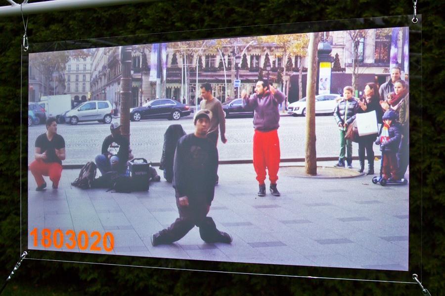 Projektionsfolie zur aufprojektion von bildern filmen for Wandfolie transparent